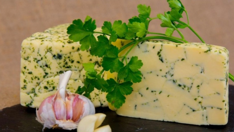 St Giles sussex marble garlic and parsley 150g