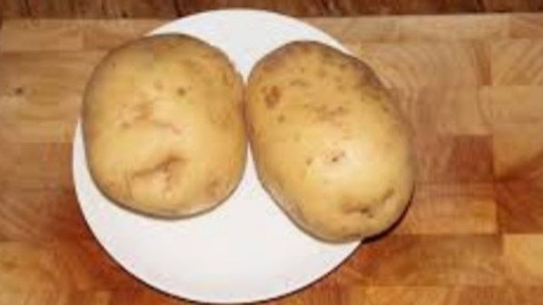 Jacket potatoes x3 £1
