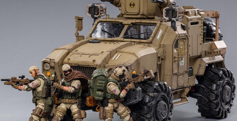 JoyToy Crazy Reload SUV 09 Sand Desert Beige 1/18 Scale Vehicle