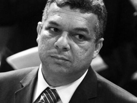 Apontado pela Lava Jato, deputado de Cabo Frio passa vergonha nas urnas