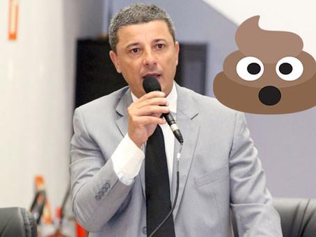 Vereador critica o próprio irmão e afirma que região serrana bebe água com cocô