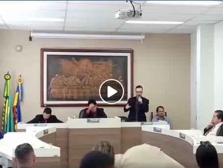 """Dr. Adriano denuncia """"farra dos marajás"""" em Casimiro de Abreu"""