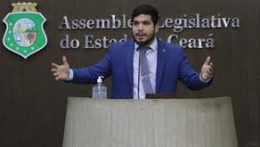 CCJ da ALCE recusa PL de André Fernandes que diminuiria IPVA no Ceará