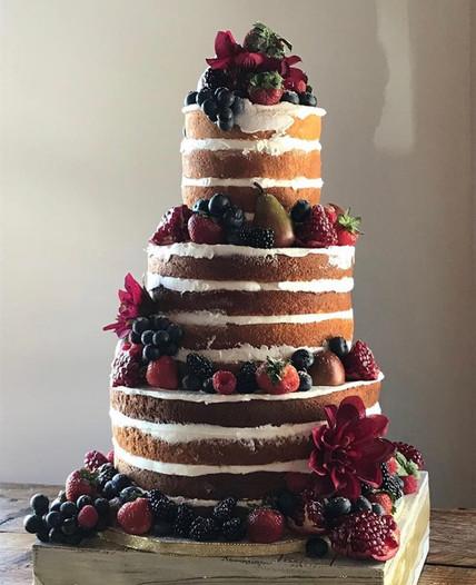007 Naked Cake with Fruit.jpg