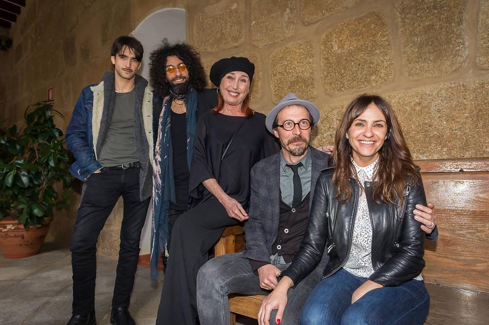 En la imagen, de izquierda a derecha: Aitor Luna, Ara Malikian, Verónica Forqué, Fele Martínez y Melani Olivares.