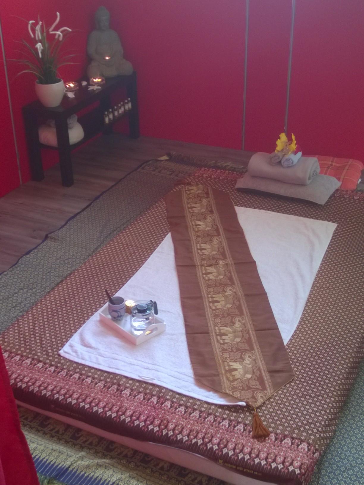 Thai-Massage mit Öl