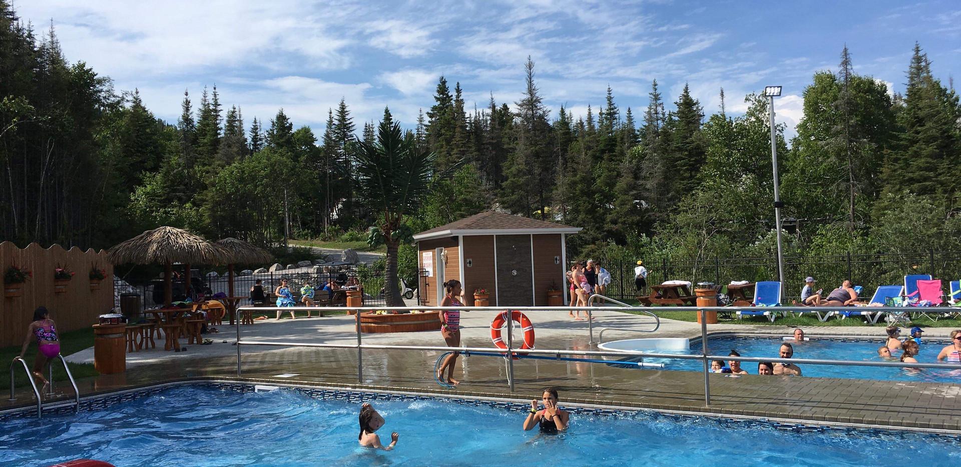 Piscine-camping-boreal