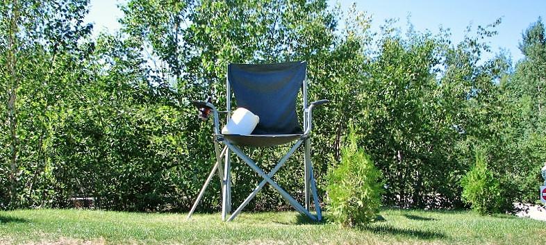 grosse chaise + guimauve.JPG