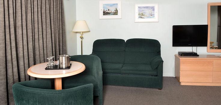 hotel_motel_coronet_chambre_divant_edite