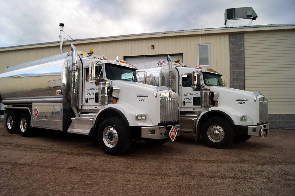 camions petroles mb