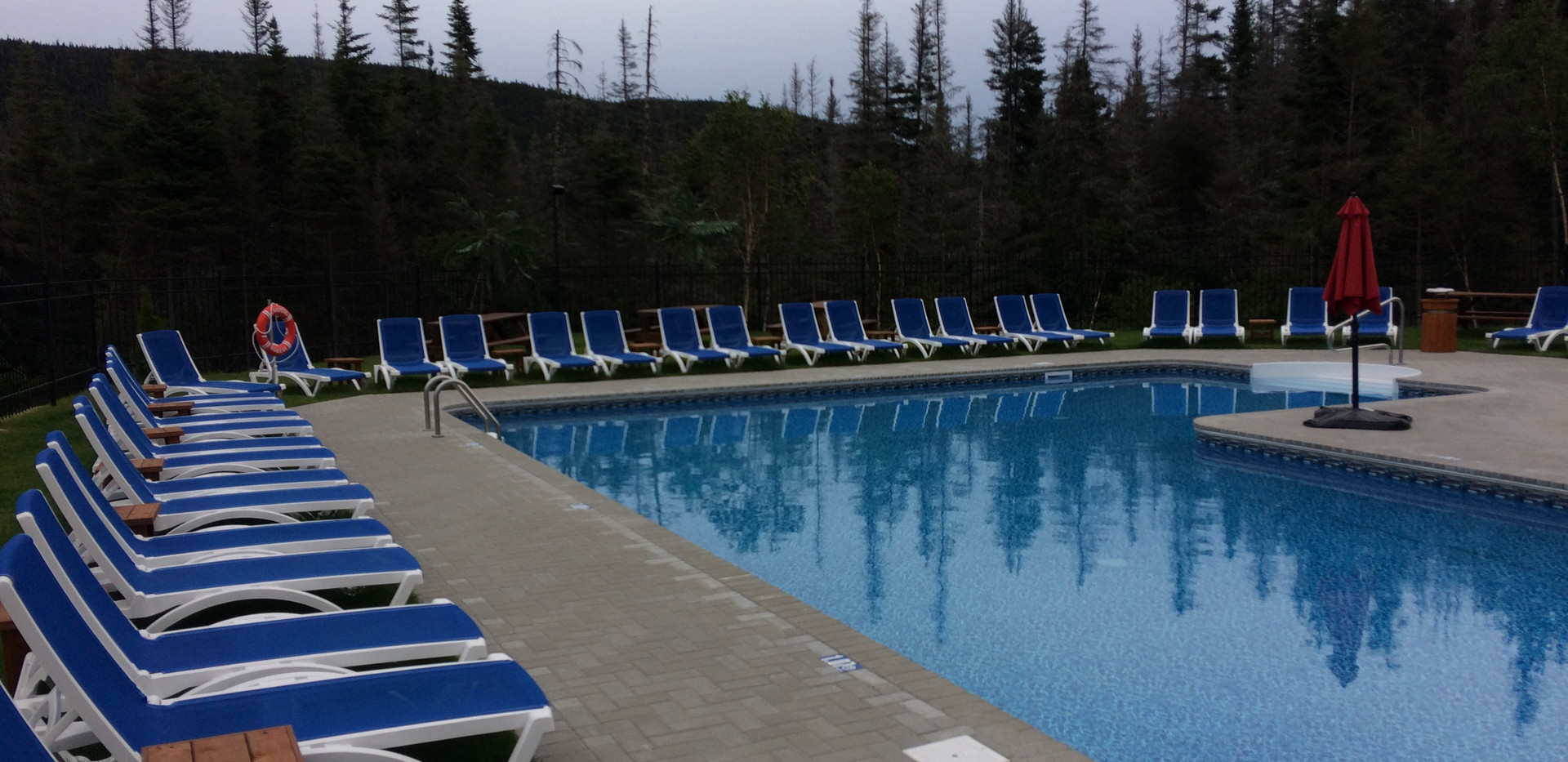piscine-glissade-eau-camping-boreal-8.JP