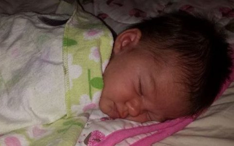 """Ellorah Rose Warner 19 Days Old COD: father Matthew Warner under influence of drugs gave her fireball then while washing her thought she was drowning and did """"crazy stuff"""" to revive her including stabbing at her neck and anus with a nail file."""
