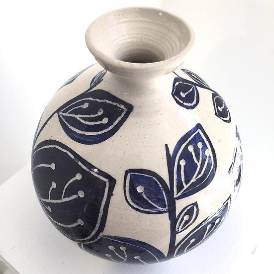 Full Leaf bottle vase