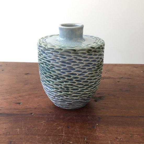 Shoal bud vase