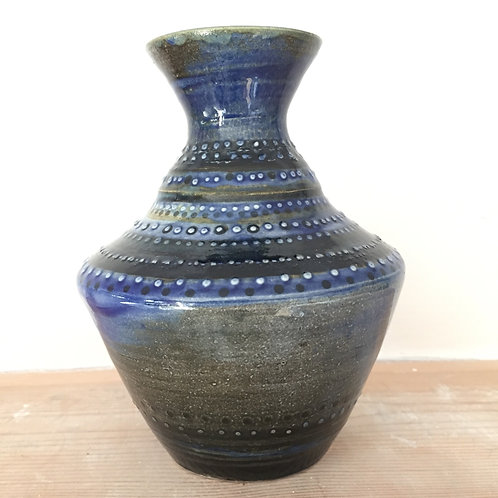 Blue dotted vase