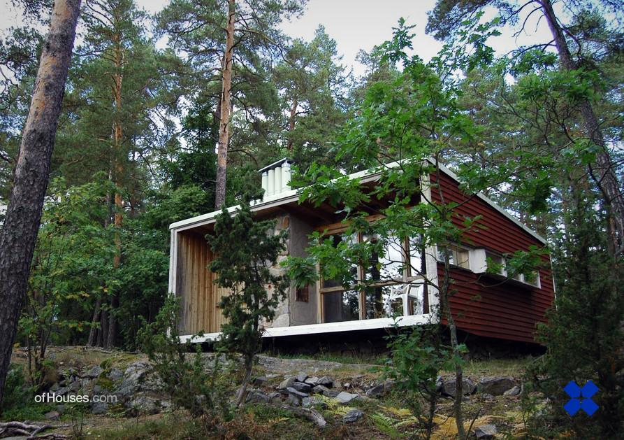 """Cabaña de campo (""""The Box"""") de R. Erskine. Suecia."""