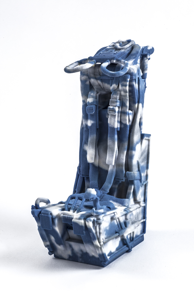 Blue and White, Ceramic 3D print, 2017 15x7x6cm