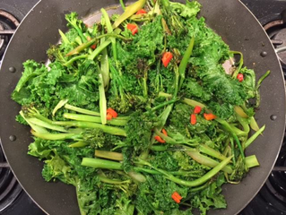 BROCCOLINI AND KALE STIR FRY
