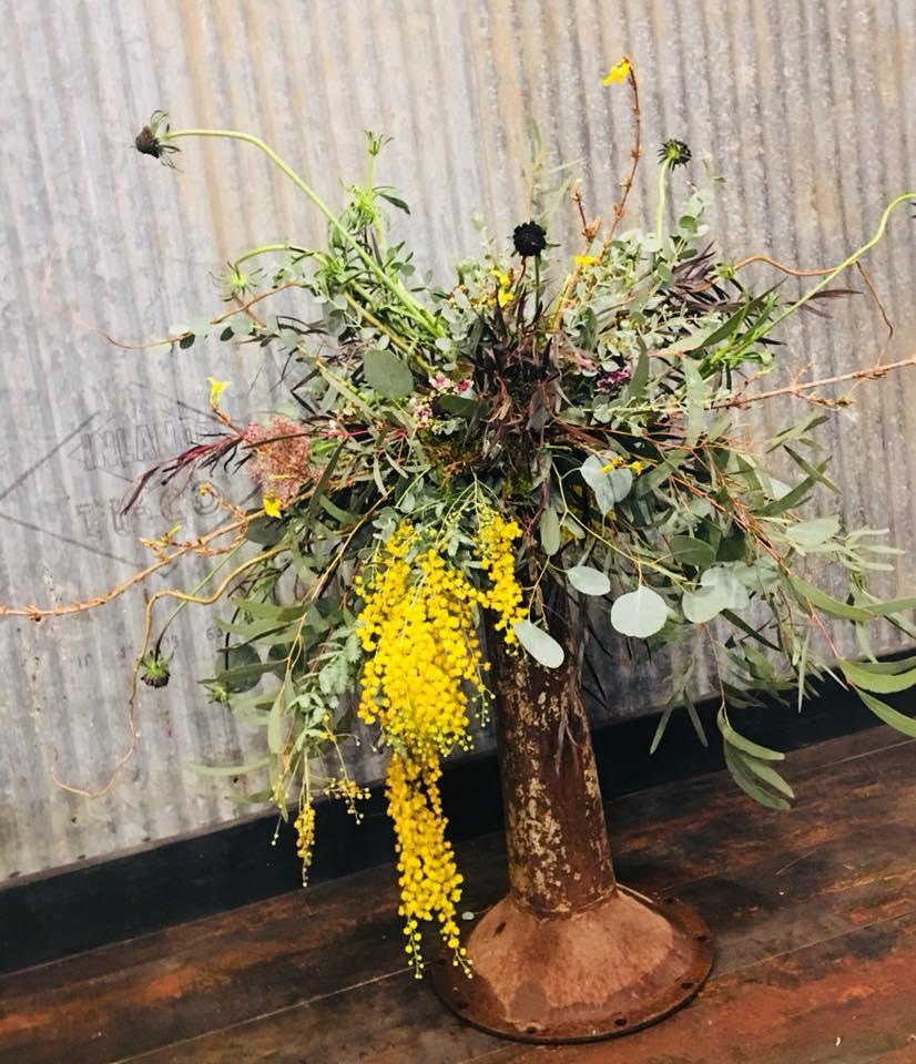 SimplyBlooming_wedding floor vase