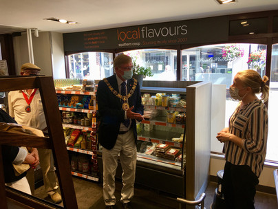 The Mayor thanks the Co-op