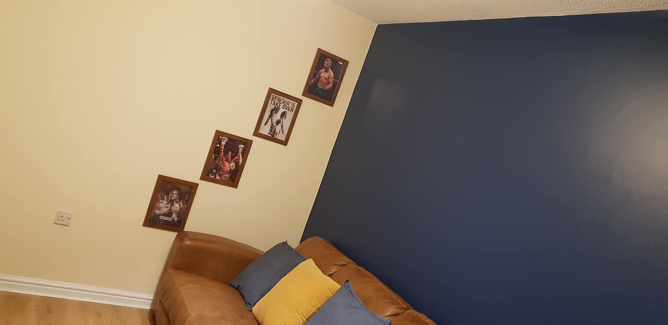 Snug room decoration