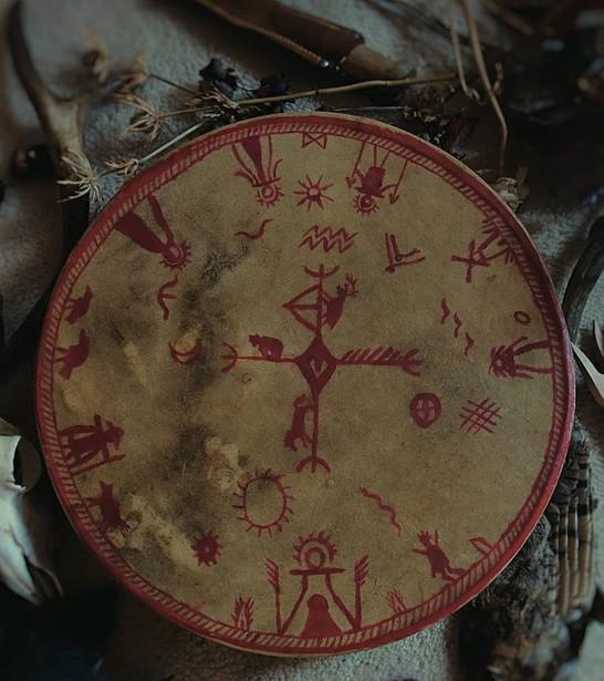 Persoonlijke drum met persoonlijke symbolieken