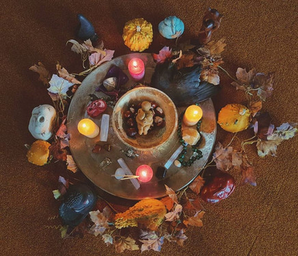 Seizoensaltaar herfst, tijdens de Vrouwencirkel