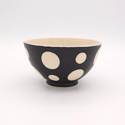 波佐見焼  水玉 ドット 茶碗 黒 マットブラック
