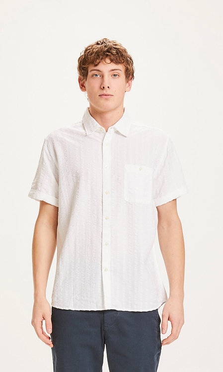 KCA - Larch SS casual fit seersucker shirt bright white
