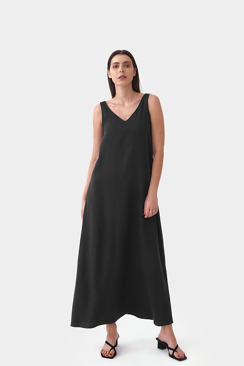 MILA.VERT - reversible maxi tencel dress black