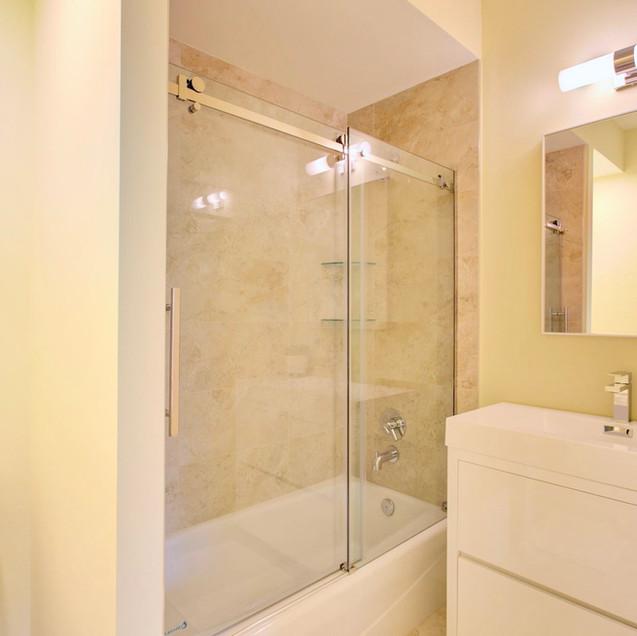 En suite bath in lower level bedroom