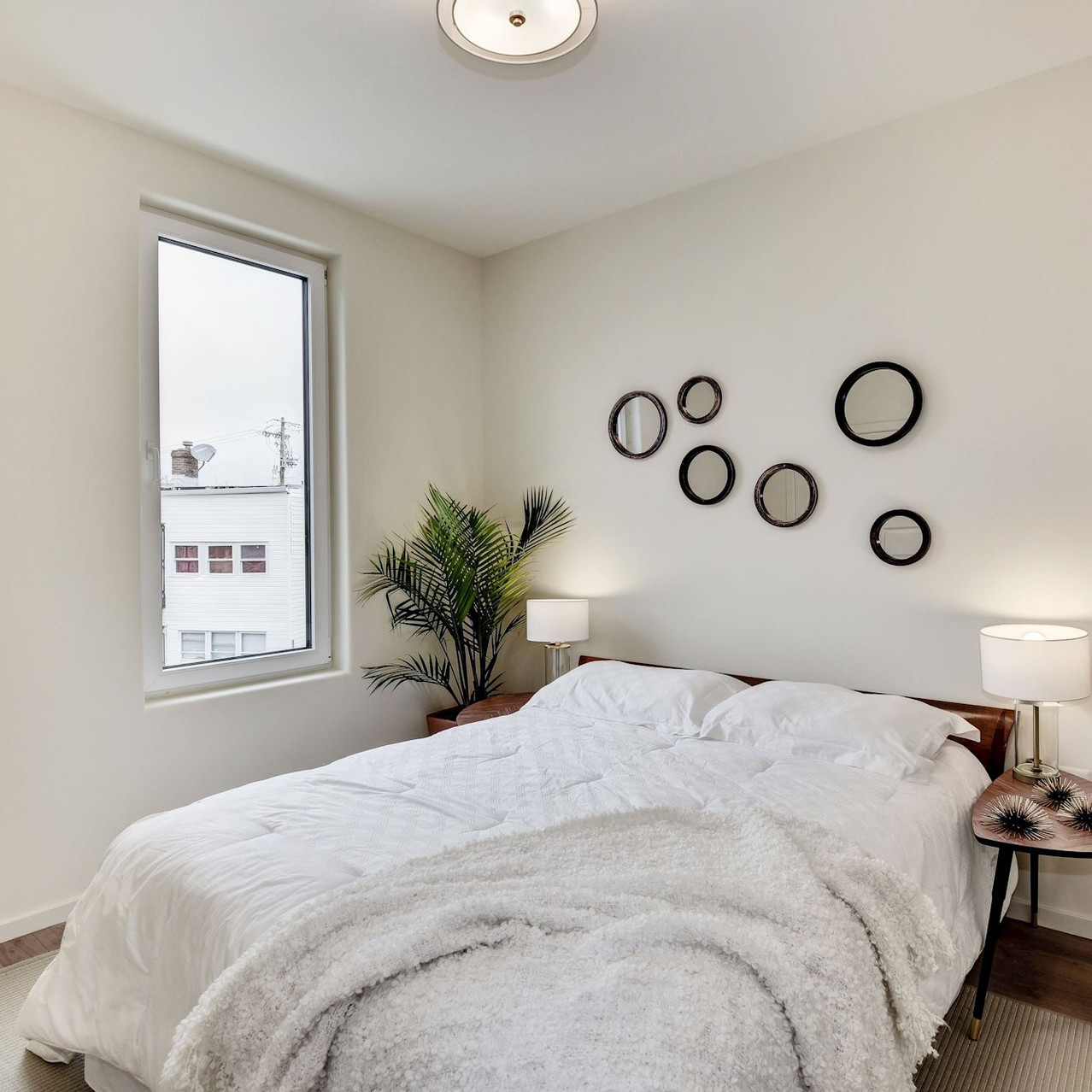 Bring bedrooms with 2x6' windows!
