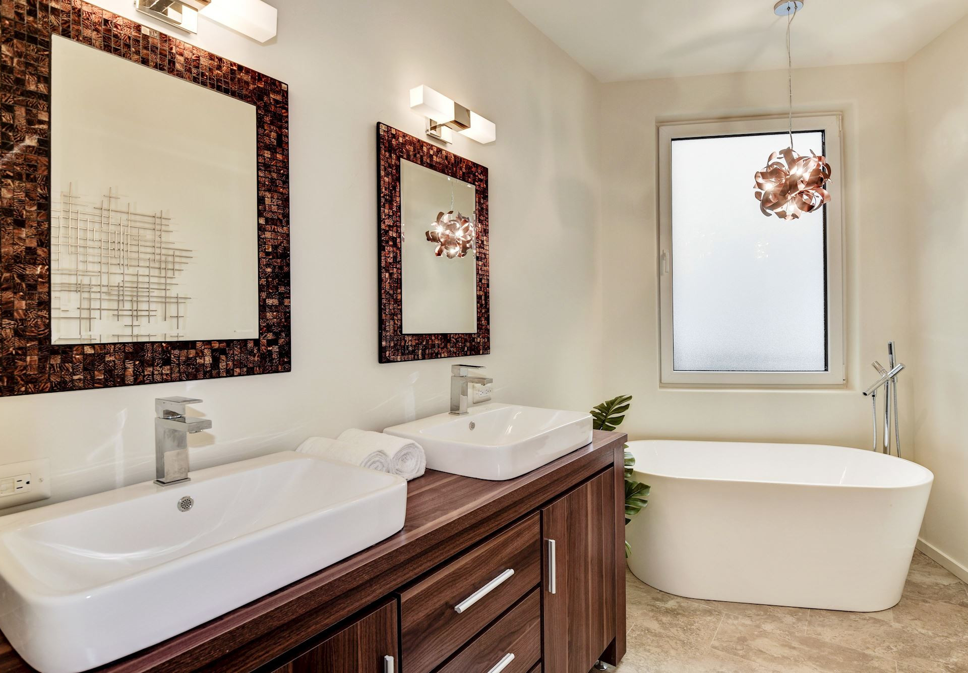 Penthouse owner's suite features soaking tubs