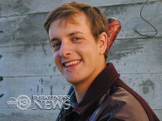 HOUSTON TEENAGER DIES OF BRAIN-EATING AMOEBA
