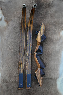 fastest traditional recurve bow.JPG