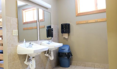 whitepine bathroom.jpg