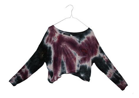 Slouchy oversized crop top.  cropped, Hand loose, tie dye.  Yoga, yogawear, sportswear, shibori, athleisure. purple, black