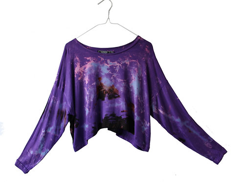 Oversized sleeved cropped top, crop tshirt, t-shirt, slouchy yoga wear, tie dye shibori yoga clothing, loose, purple