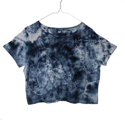 Tie dye crop top, cropped t-shirt, t shirt unique, dip dye, acid wash, rock mineral agate, navy blue shibori batik cotton