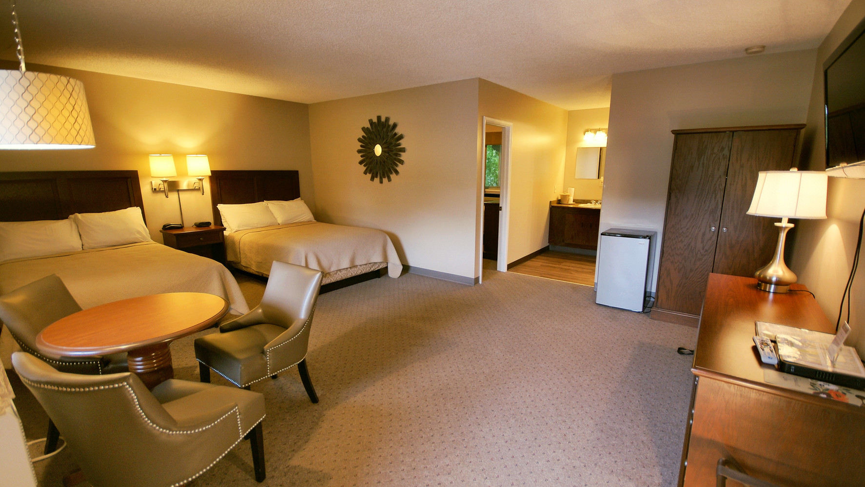 Deluxe Family Suite, Upstairs