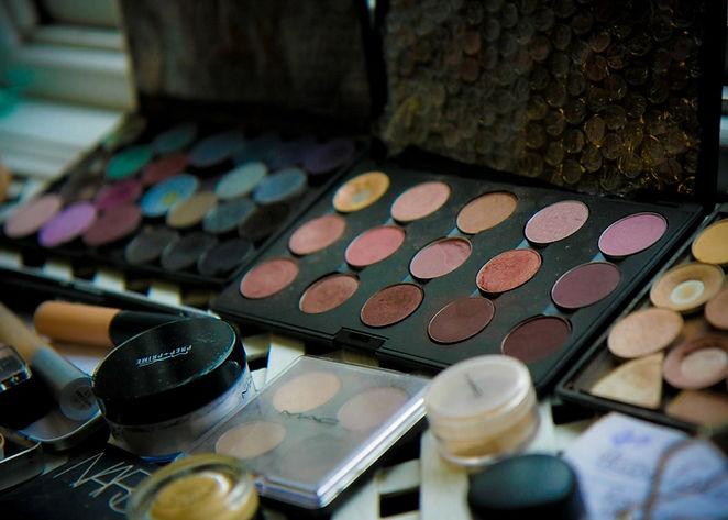 online makeup lesson in bristol