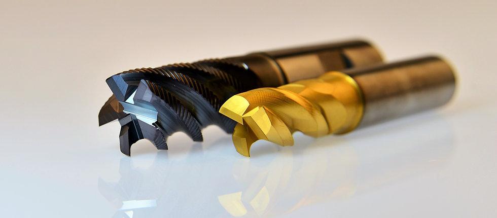 milling-cutters-3203929_edited.jpg