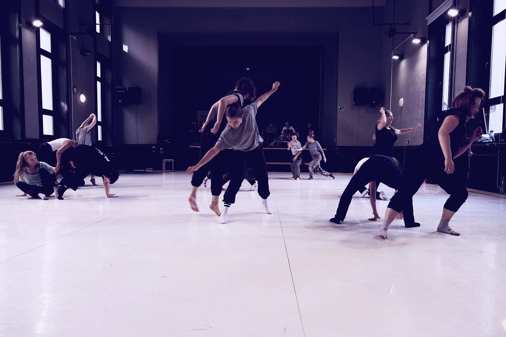 ballo.jpg