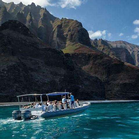 boat-tours-1.jpg