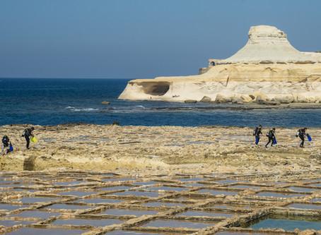 L'archipel Maltais. Un festival de roches polies par le temps. Article publié dans SUBAQUA #274