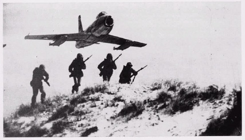F-86 over Korean Ground Troops