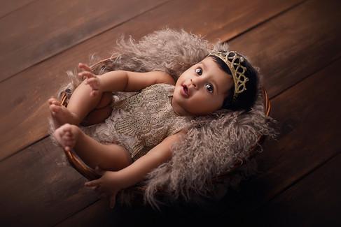 Infant  (3-5 months) Photography II Priyanka Modh PhotographyInfant  (3-5 months) Photography II Priyanka Modh Photography