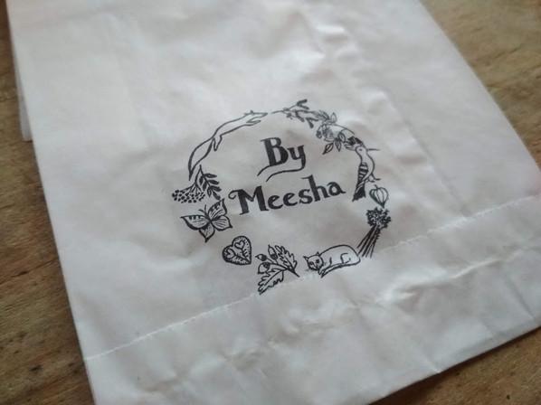 Razítko na papírovém sáčku