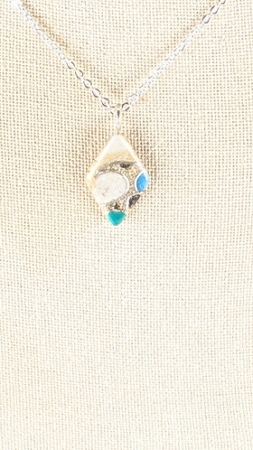 Small Sand Gems Diamond Wave Necklace