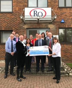 RO Group - Cheque presentation